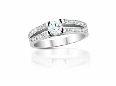 zlatý prsten s diamantem 0.40ct D/VS2 s GIA certifikátem
