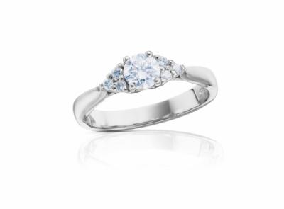 zlatý prsten s diamantem 0.52ct I/VVS1 s HRD certifikátem