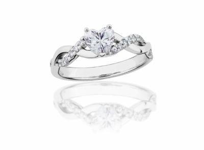 zlatý prsten s diamantem 0.54ct E/VS2 s GIA certifikátem