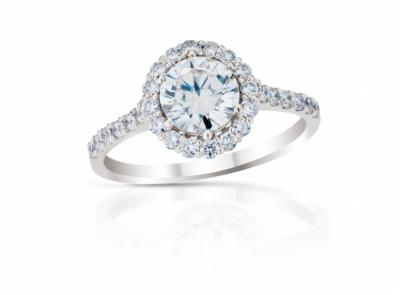 zlatý prsten s diamantem 0.72ct G/VS2 s IGI certifikátem (celkem 1.09ct)