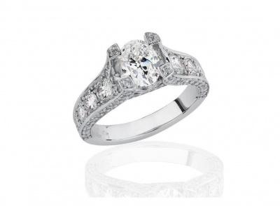 zlatý prsten s diamantem 1.00ct D/IF s GIA certifikátem (celkem 2.34ct)