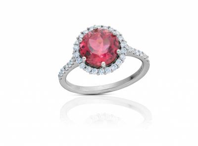zlatý prsten s rubelitem 2.32ct purplish pink s IGI certifikátem