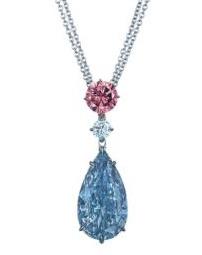Náhrdelník s modrým diamantem