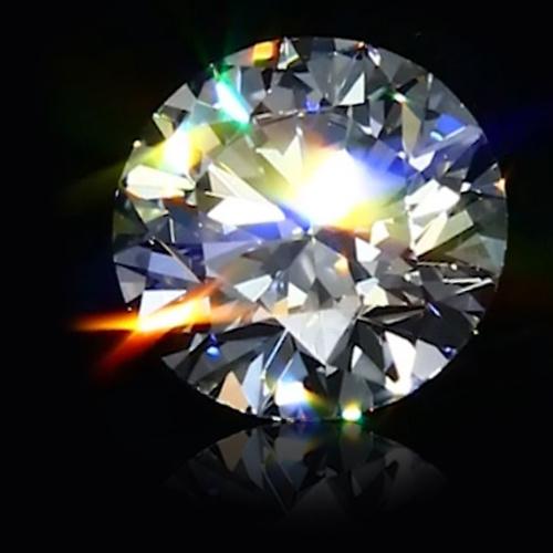 irizace diamantu