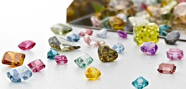 Barevne Prirodni Diamanty Vvdiamonds