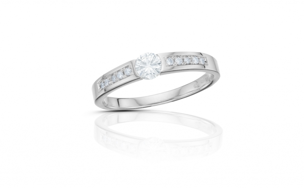 d36438c2c zlatý prsten s diamantem 0.19ct E/VVS1 s IGI certifikátem | VVDiamonds